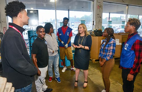 Mayor Megan Barry Talking With The Opportunity Now Goodwill Interns About Their Jobs