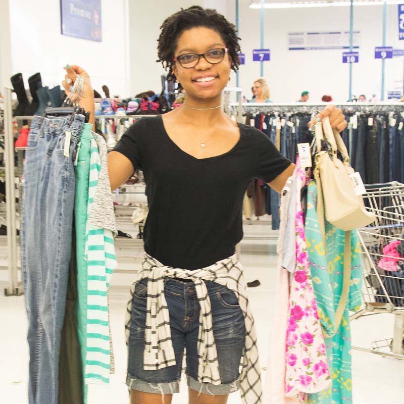 Akilah, an aspiring stylist and blogger, was thrilled to be a winner in Goodwill's Back-2-School Style Giveaway.